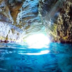 Underwater Caves, Beach Trip, Greece, Instagram Posts, Travel, Outdoor, Greece Country, Outdoors, Viajes