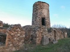 moulin de biot, felines, randonnée Caunes Le plateau de la Matte