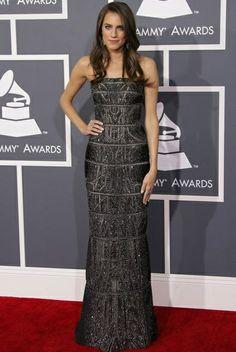 Allison Williams Grammy's red carpet 2013