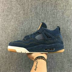 buy popular 65431 5f91f Big Boys Air Jordan 4 RETRO LEVIS NRG LEVIS denim denim sail game red  AO2571 401