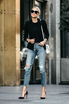 42 Most Trending Spring Outfits with Jeans 2019 - Mode - Women Fashion Mode Outfits, Jean Outfits, Trendy Outfits, Fashion Outfits, White Outfits For Women, Jeans Fashion, Fashion Mode, Look Fashion, Fashion Trends