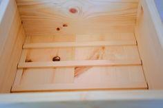 Aus Zirbenholz Handgefertigt Duftend und antibakteriell Inkl. Gitter im Innenbereich, damit das Gebäck nicht direkt am Boden aufliegt Hält das Brot länger schimmelfrei Dose, Bread Bin, Lattices, Handmade