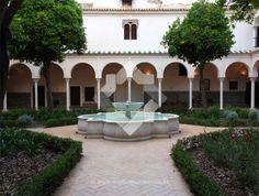 Sevillanos por Sevilla: Convento de Santa Clara. Sevilla, Spain.
