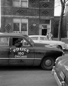 Check out the amazing building facade in the background Chicago Pd, Chicago Illinois, Chicago Style, Radios, 4x4, Old Police Cars, Emergency Vehicles, Police Vehicles, Chicago Pictures