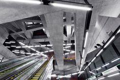 Ligne M4 Budapest Studio Spora Architects Les stations de métro les plus belles du monde . . . #architectesparis #architectesmarseille #stationsmetro #metro #palmares #top5 #lignem4 #studiosporaarchitects #budapest #architecture #architectureporn #archdaily #deezen #pin