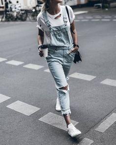 ¿Cómo llevar el peto vaquero? #moda
