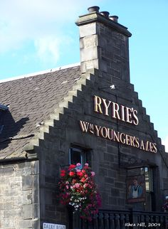 Ryries Pub, Edinburgh by Rhea Hill