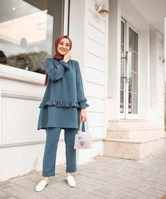 Modern Hijab Fashion, Street Hijab Fashion, Hijab Fashion Inspiration, Modest Fashion, Fashion Outfits, Iranian Women Fashion, Arab Fashion, Muslim Fashion, Fashion 2020