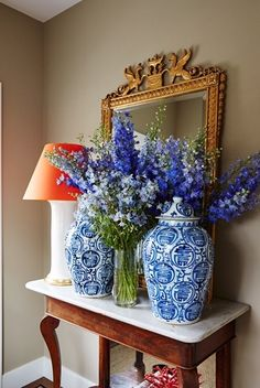 Chinoiserie Chic: Blue and White ginger jars