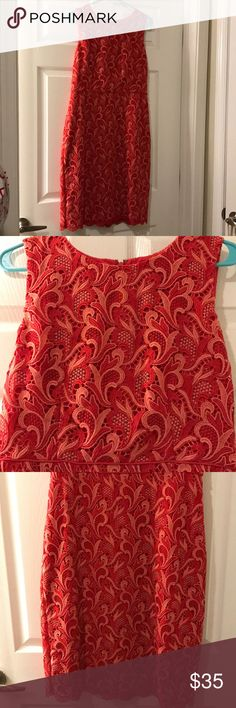 NWT Ann Taylor Two Tone Lace Sheath Dress A beautiful red and coral-toned dress, perfect for work or a summer wedding. Tag still attached. Ann Taylor Dresses Midi