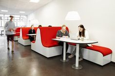 Great Organical Shaped Diner | Campus Gentofte | Rosan Bosch | Photo: Kim Wendt Photo