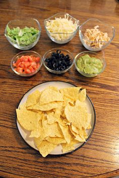 Homemade Deluxe Nachos Budget friendly, easy, cheap meals posted every Wednesday! Great way to get new recipes!