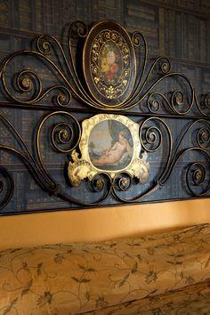 The Blue Master Bedroom, Detail