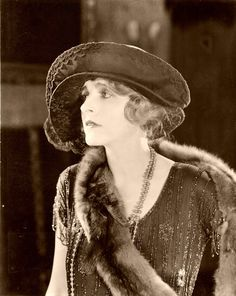 Claire Windsor---she really wore some great hats and headbands!