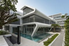 18. Oxley - LAUD Architects Inc