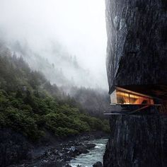 Cliff House Architecture Design and Concept 48 Architecture Design, Amazing Architecture, Building Architecture, Fashion Architecture, Minimalist Architecture, Cliff House, House Goals, Exterior Design, Wall Exterior