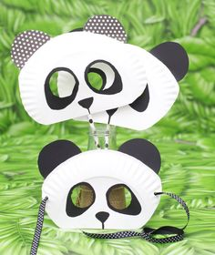 Paper Plate Panda Bear mask for kids Diy Candle Labels, Diy For Kids, Crafts For Kids, Bear Mask, Panda Party, Animal Masks, Diy Candles, Chinese New Year, Mask For Kids