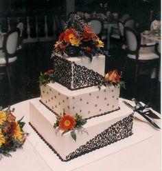 Fondant-free wedding cake