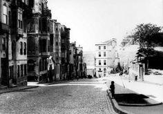 Şişhane yolu açılmadan önce... Beyoğlu Şişhane -1970-