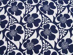 Retro Age Vintage Fabrics by retro age vintage fabrics Textile Patterns, Textile Design, Fabric Design, Print Design, Textiles, Pretty Patterns, Flower Patterns, Love Vintage, Retro Vintage