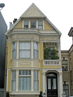 San fransisco victorian home gorgeous houses архитектура, до Beautiful Buildings, Beautiful Homes, Victorian Style Homes, Victorian Houses, Sweet Home, Yellow Houses, Second Empire, Cute House, Victorian Architecture