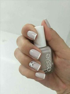 Nails art grey essie 26 Ideas for 2019 Nagellack Design, Nagellack Trends, French Nail Designs, Nail Art Designs, Nails Design, Cute Nails, Pretty Nails, Hair And Nails, My Nails