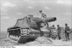 German officers inspecting a Russian  SU-152 tanks destroyer. Russia August 1943.