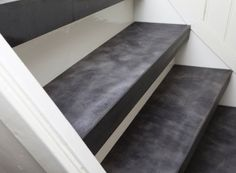53 New ideas for house entrance staircase Interior Stairs, Interior Design Living Room, Open Trap, Concrete Stairs, House Entrance, Indoor Outdoor Living, Moving House, Stairways, Home And Living