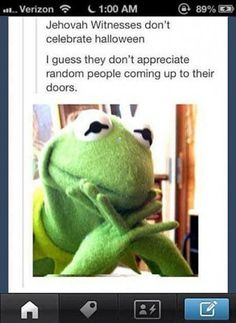 Kermit on Jehovahs witnesses // funny pictures - funny photos - funny images - funny pics - funny quotes - #lol #humor #funnypictures