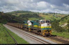 Foto RailPictures.Net: 1292 EFVM - Estrada de Ferro Vitória a Minas BB40-9WM em Colatina-ES, Brasil por Guilherme Camilo