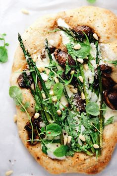 Loaded with garlicy cheesy flavors, balsamic mushrooms, fresh asparagus and veggies! SO yum. | asimplepalate.com