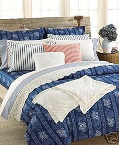 marimekko unikko dusk bed linens in all decorative bedding crate and barrel decorating ideas pinterest crates marimekko and bed linen
