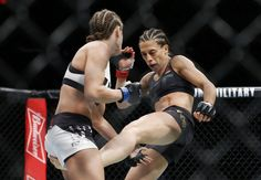 Joanna Jedrzejczyk Survives Late Scare To Retain Title Over Karolina Kowalkiewicz - http://www.lowkickmma.com/UFC/joanna-jedrzejczyk-survives-late-scare-to-retain-title-over-karolina-kowalkiewicz/