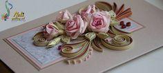 Flores de papel y tecnica quilling en tarjeta