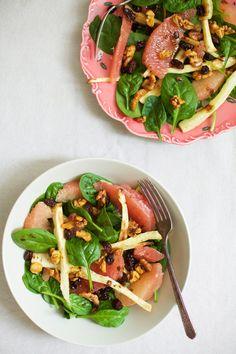 Golubkakitchen blog recepies. Walnut, spinach, grapefruit, raisins, roasted parsnips