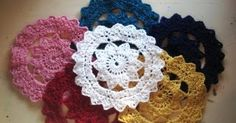 Doilies are so retro, and now you can make your own in any colour you like :) {free crochet pattern here}