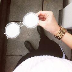 Vagati Eyewear (@vagatieyewear) •▪️▪️ #byvagati #vagatieyewear #carryyourmoodaround #freya #hexegonal #shape #roundframe #round #sunglasses #sunglassesfashion #fashionable #trendy #style #eyewear #eyewearfashion #eyewearstyle #sunglasseslover #spectacles #shades #timeless #shades #vagati Round Frame, Trendy Style, Eyewear, Round Sunglasses, Shades, Fashion, Moda, Style Fashion, Eyeglasses
