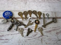 Key Collection by momentofnostalgia on Etsy. Accessories  Keychains & Lanyards  housewares  cadillac  victrola  altered art  steampunk  repurpose  rca  folding artist  jewelry  key to my heart  old keys  epsteam