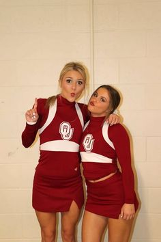 Buccaneers Cheerleaders, Hot Cheerleaders, Cheerleading Picture Poses, Nfl, Ice Girls, University Of Oklahoma, Grid Girls, Dancers, Cheers