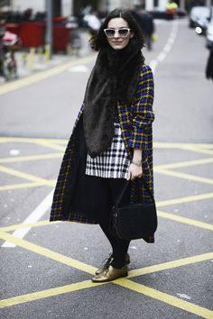 Fashion in the streets of London   Galería de fotos 71 de 72   Vogue