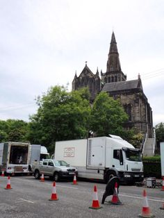 Happened to stumble upon this filming day in Glasgow also - just wanted to see the Cathedral, instead we saw Cait and crew! These photos by TV Recapalooza but more of mine on this board.