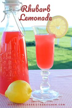 With a perfect blend of sweet and tart notes, rhubarb and lemon combine to form this refreshing Rhubarb Lemonade, a thirst-quenching summertime sipper. Rhubarb Lemonade Recipes, Blueberry Lemonade, Lavender Lemonade, Rhubarb Ideas, Red Rhubarb, Rhubarb Juice, Summertime Drinks, Summer Drinks, Cold Drinks