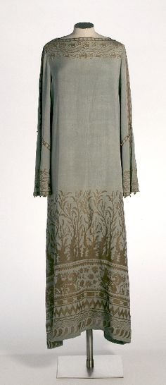 Grey dress, Mariano Fortuny, 1910