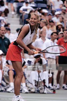 Anna, Female Tennis Players, Female Surfers, Tennis Photos, Beautiful Athletes, Tennis Stars, Amanda Bynes, Enrique Iglesias, Maria Sharapova