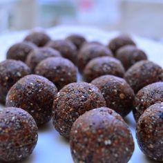 Chocolate Chia Energy Bites (nut free) Recipe Desserts with medjool date, sunflower seeds, chia seeds, raw cacao powder, cinnamon, maple syrup, salt