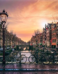 The Best International Day Trips From Paris by Train - faraway places - - The Best International Day Trips From Paris by Train – faraway places Paris Travel Tips international day trips from paris – amsterdam Amsterdam City, Amsterdam Travel, Amsterdam Netherlands, Netherlands Flag, Amsterdam Canals, Places To Travel, Places To Visit, Time Travel, Travel Photographie