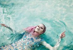numero china july june 2014 lexi boiling laurie bartley fashion magazine style world pink hair water ocean crystal party dress photographer model
