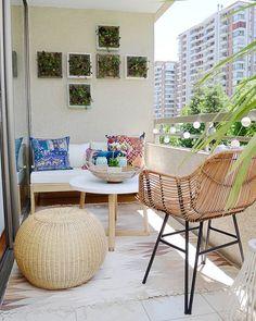 Dream Houses, Balcony, Patio, Diy, Instagram, Ideas, Home, Home Furniture, House Decorations