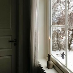 Winter House, Winter Day, Mistletoe And Wine, Home Catalogue, Cozy Living, Hygge, Decoration, Warm And Cozy, Sweet Home