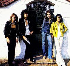 Save The Queen, I Am A Queen, Jay Kay, Queen Meme, Martina Mcbride, Queens Wallpaper, Queen Photos, Queen Freddie Mercury, Queen Band